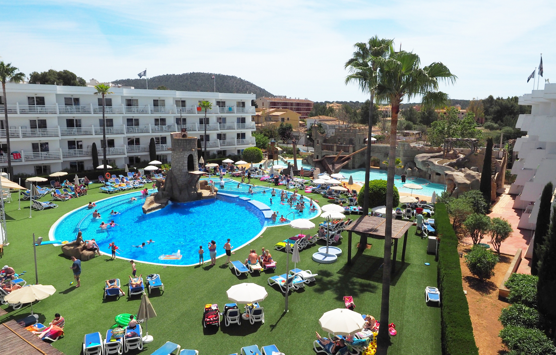 Gran Isla Hotels With A Personal Touch 29 11 2017 Santa Ponsa